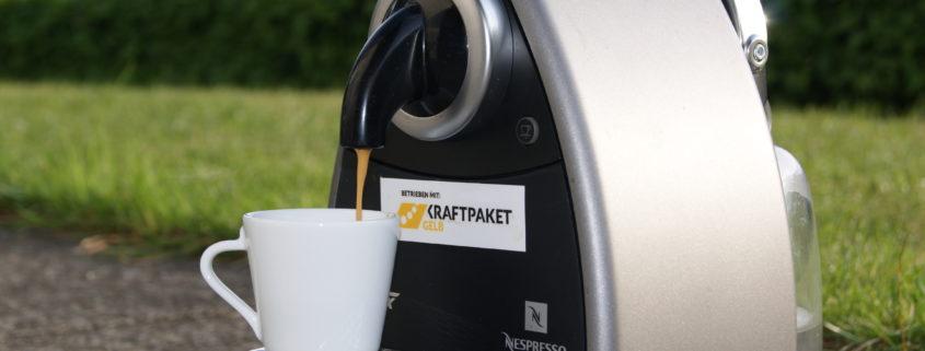 Kaffeemaschine betrieben mit Kraftpaket Gelb